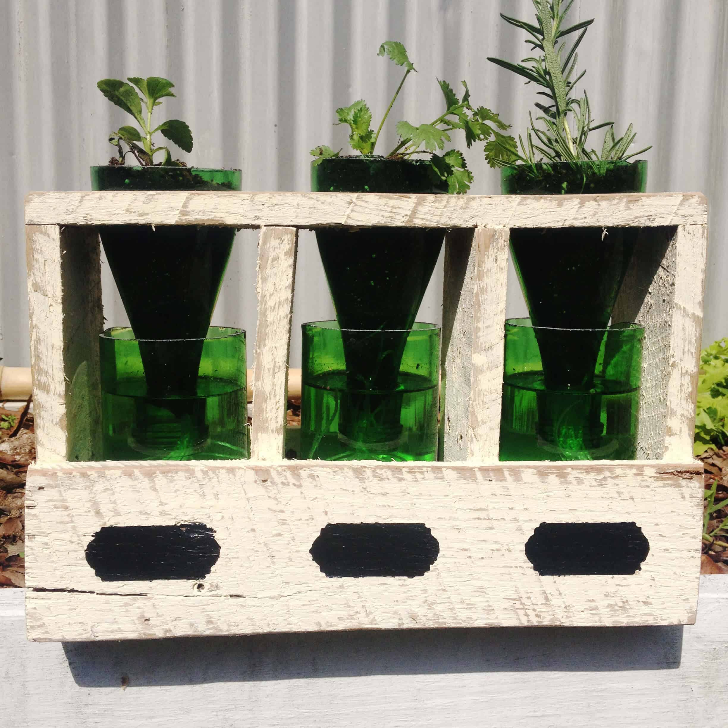 img from lost farmed box herb planter pallet and made pallets