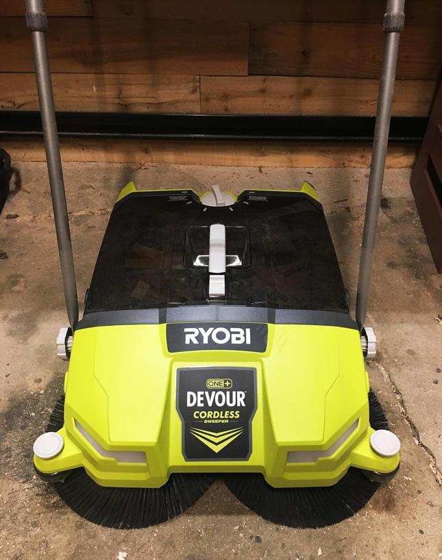 Ryobi One+ Devour Sweeper