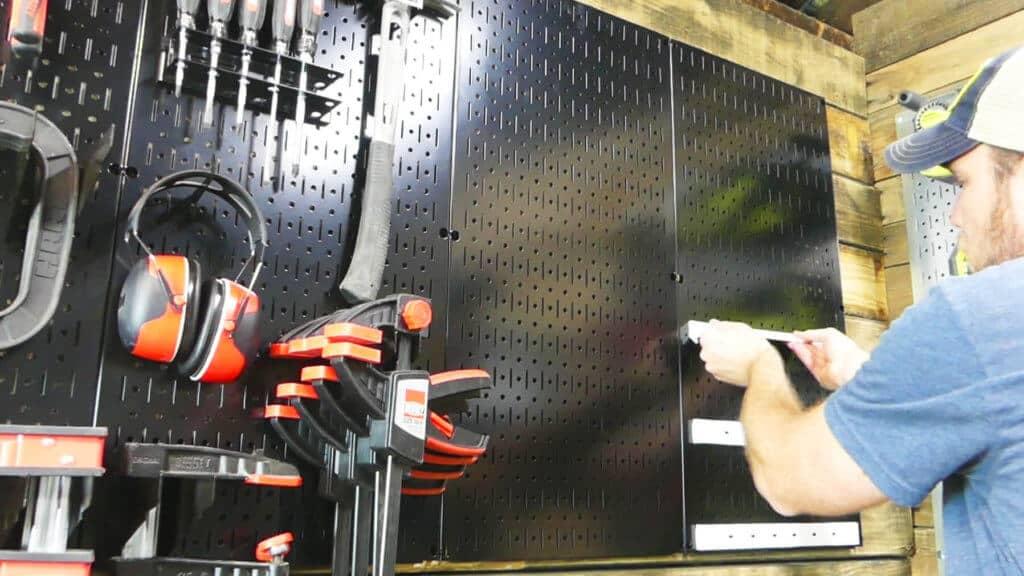 Wall Control Battery Storage