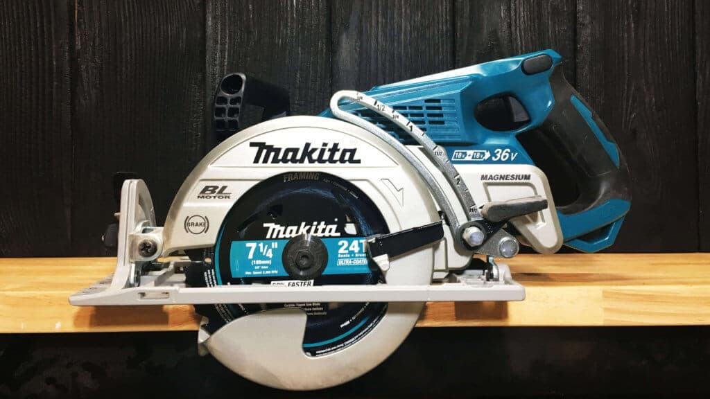 Makita Rear Handle Circular Saw
