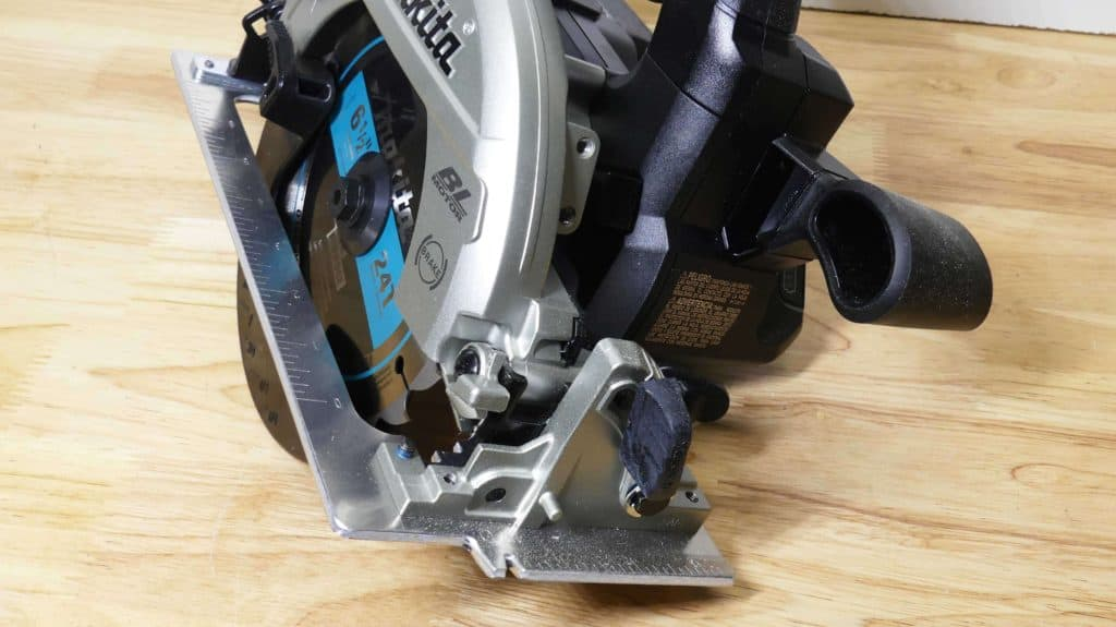 Makita LXT XSH04 Circular Saw