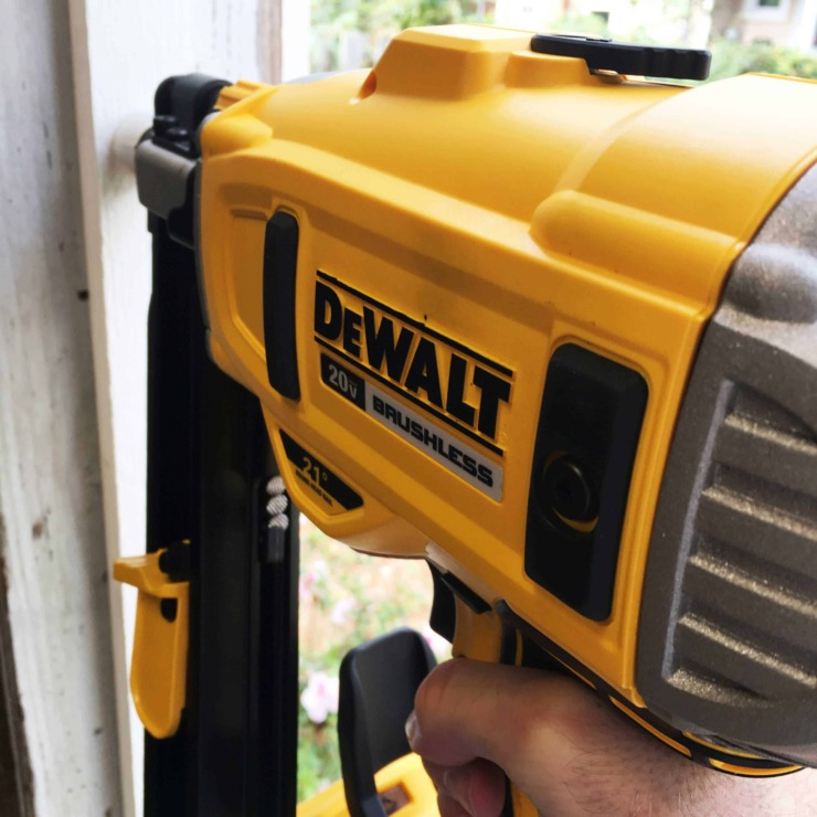 DeWALT 21 Degree Framing Nailer