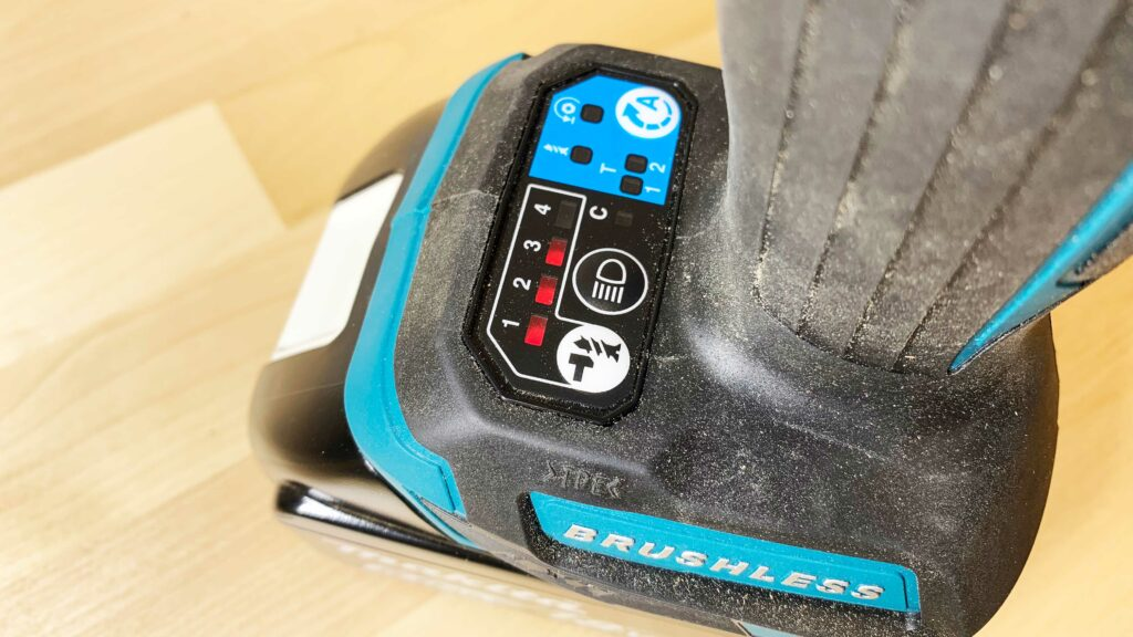 Makita XDT16 Power Mode