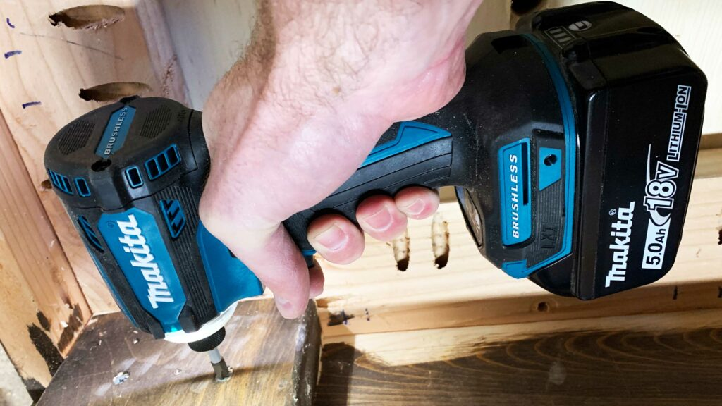 Makita's Pint Sized XDT16 and XDT15 Make An Impact - Lazy