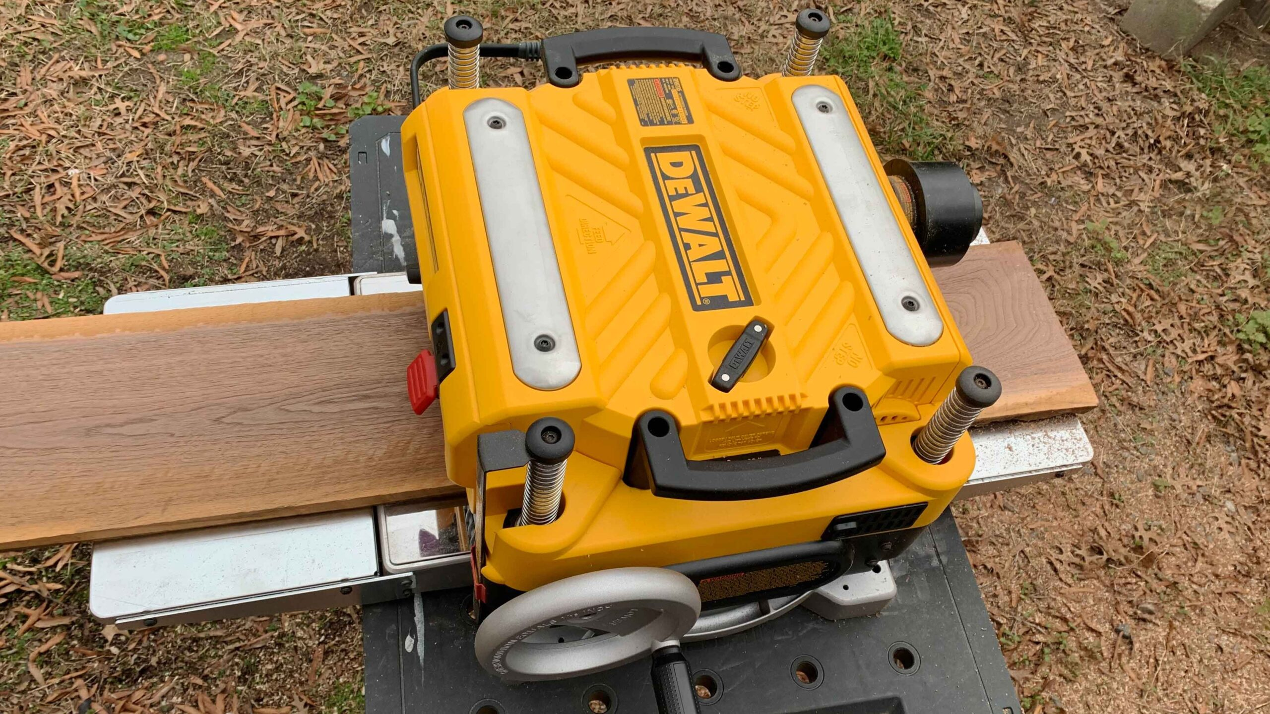 Is The DeWALT DW735 Planer Worth The Extra Money